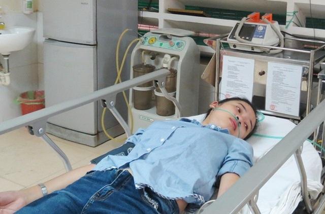 Nữ sinh bị nắng nóng, ngất xỉu phải nhập viện