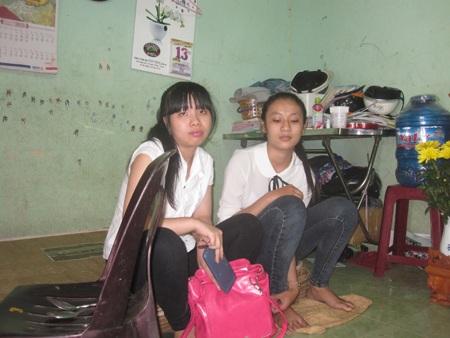Hai nữ sinh bị mất trộm trước buổi thi