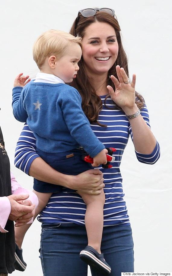 Nụ cười rạng rỡ của công nương Kate Middleton
