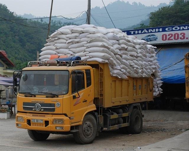 Bộ Công Thương: Chỉ còn vài chục xe ùn tắc xuất khẩu gạo sang Trung Quốc