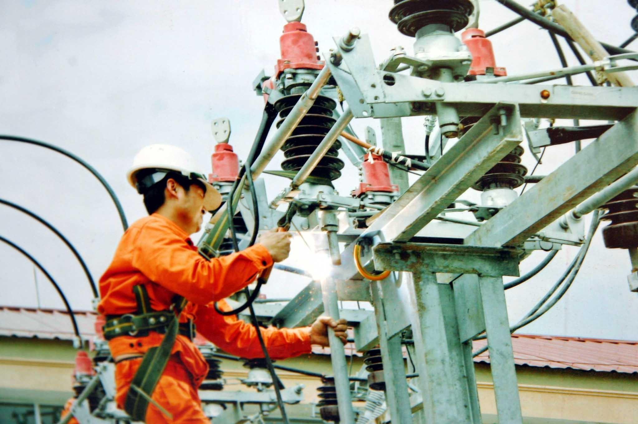 Cục Điều tiết Điện lực: Không thiếu điện trong mùa nắng nóng!