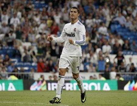 """C. Ronaldo độc tôn trong cuộc đua """"Chiếc giày vàng"""" - 1"""