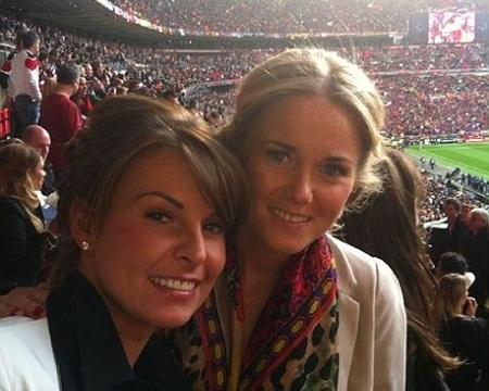 Vợ Rooney đến sân cổ vũ chồng trong ngày MU thất bại - 2