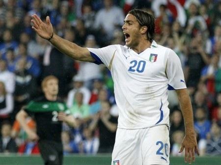 Italia bất ngờ thua bẽ mặt trước đội hình B của Ailen - 3