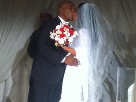 Mike Tyson tổ chức đám cưới lần hai với vợ tại Las Vegas - 1