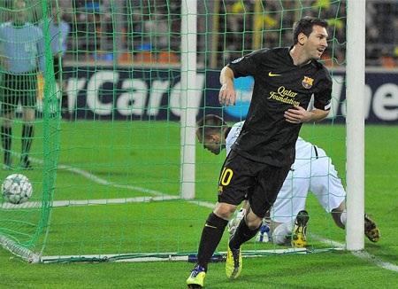 """Messi lập cú đúp trong thắng lợi """"5 sao"""" của Barcelona - 1"""