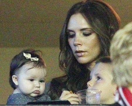 Gia đình Beckham lên kế hoạch chuyển tới Paris - 1