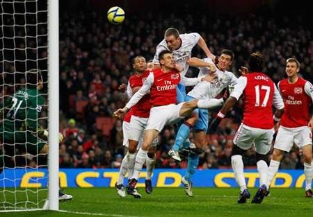"Arsenal - Aston Villa: ""Pháo thủ"" thẳng tiến"