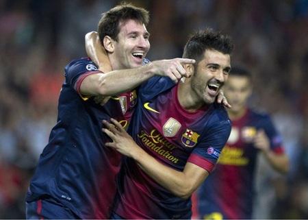 ...khi anh đánh đầu chính xác ấn định thắng lợi 3-2 cho Barcelona