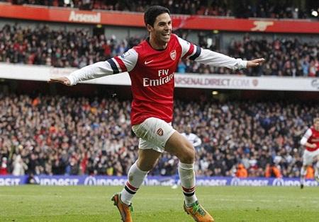 ...giúp Arsenal giữ lại 3 điểm ở sân Emirates