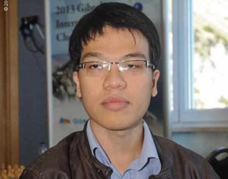 Thắng tiếp vòng 4, Quang Liêm trở lại top 30 thế giới