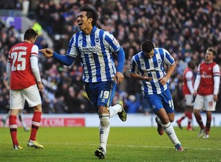 Brighton liên tục gỡ hòa sau cú đúp của Giroud
