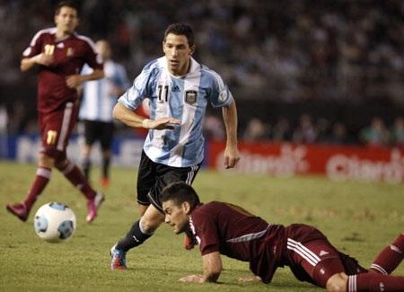 Argentina cần một chiến thắng tưng bừng như trước Venezuela