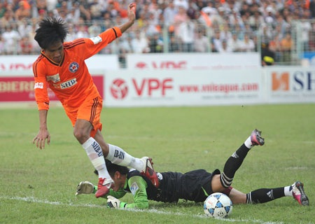 SHB Đà Nẵng giành chiến thắng quan trọng trước SL Nghệ An