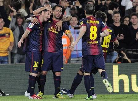 Messi lập cú đúp khi được vào sân ở hiệp 2