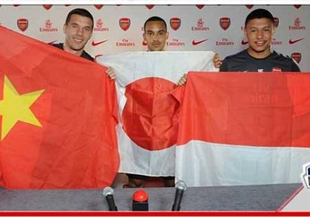 Podokski, Chamberlain, Walcott háo hức trước khi sang Việt Nam