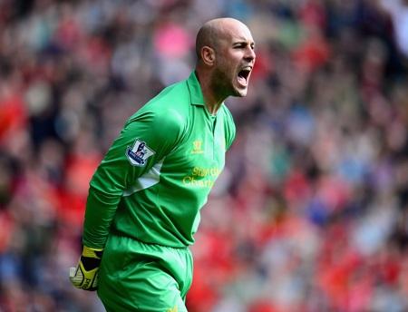 Thủ thành Pepe Reina muốn được chia tay Liverpool