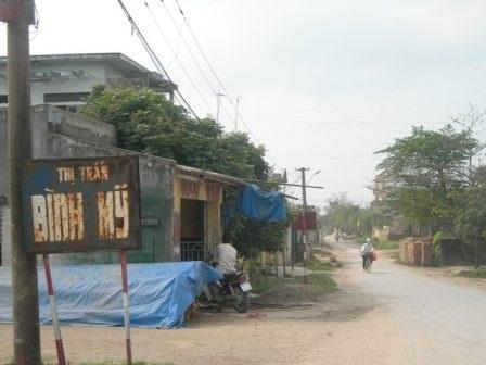 Đường vào làng chữa bệnh vô sinh An Thái.