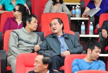 Tổng cục trưởng TC TDTT Vương Bích Thắng (phải)