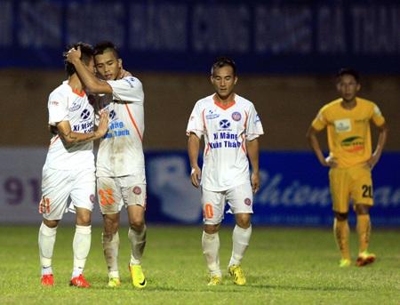 Niềm vui chiến thắng của các cầu thủ XMXT Sài Gòn - Ảnh: Gia Hưng
