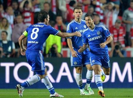 Eden Hazard đưa Chelsea vượt lên dẫn 2-1 ở hiệp phụ
