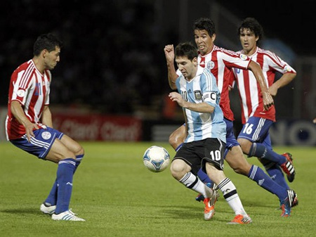 Messi đã tỏa sáng trong chiến thắng trước Paraguay ở lượt đi