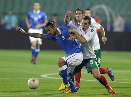 Giovinco lập cú đúp cho Italia ở trận lượt đi gặp Bulgaria