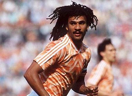 Thế hệ lừng danh Gullits của Hà Lan đã vắng mặt tại World Cup 1986