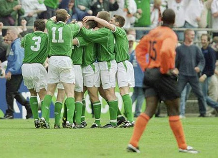 Hà Lan phải nhường tấm vé dự World Cup 2002 cho Ailen