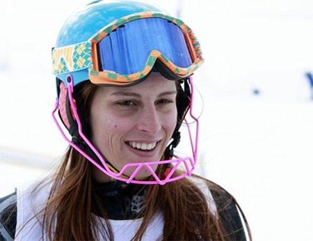 Jackie Chamoun từng tham dự hai Olympic mùa Đông 2010 và 2014