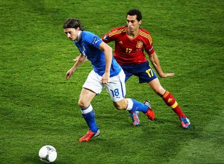 TBN và Italia đang sở hữu một hàng tiền vệ xuất sắc