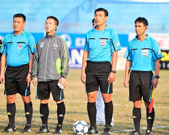 Sự hiện diện của các trọng tài ngoại rất cần cho V-League