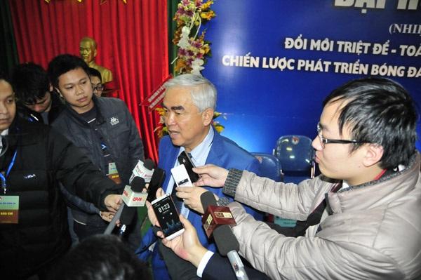 VFF tinh toán khá kỹ trong việc trả lương cho HLV tuyển Việt Nam