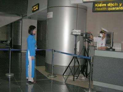 Theo dõi chặt người từ vùng dịch về Việt Nam - 1