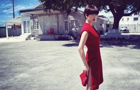 Song Hye Kyo cá tính với tóc ngắn - 3