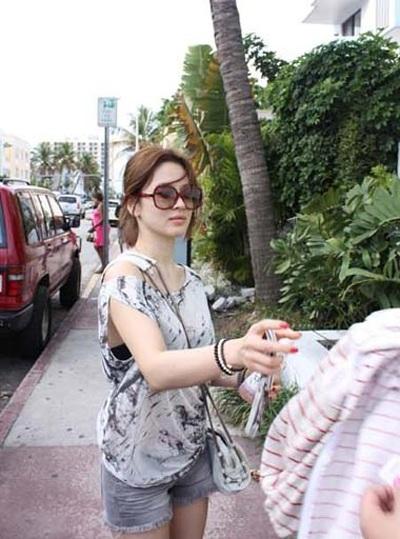Song Hye Kyo cá tính với tóc ngắn - 6