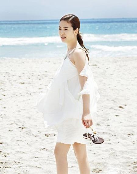 Song Hye Kyo cá tính với tóc ngắn - 9