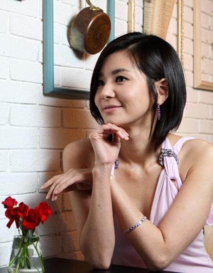 """""""Nàng tiên cá"""" Jang Seo Hee sang Trung Quốc đóng phim - 10"""