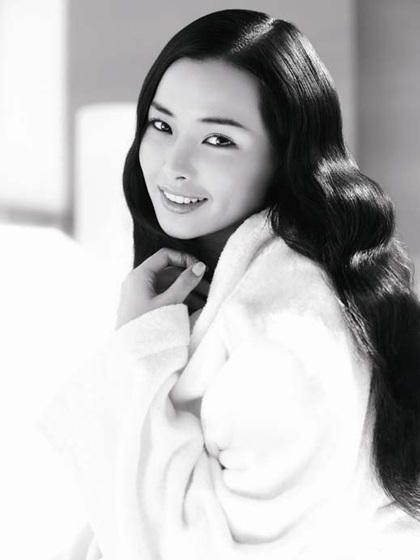 Hoa hậu Honey Lee muốn bước chân vào phim trường - 3