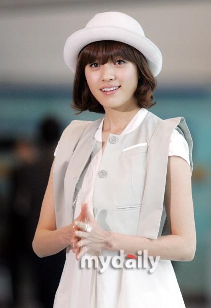 Han Hyo Joo xinh đẹp với tóc ngắn - 14