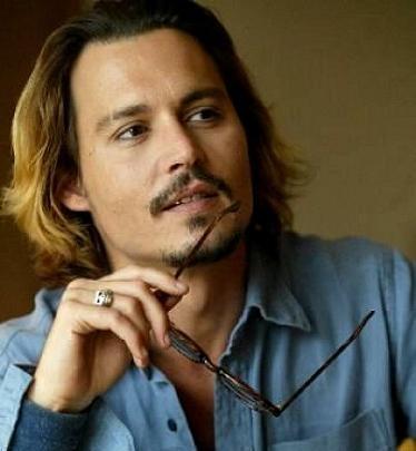 """""""Cướp biển"""" Johnny Depp không ngờ mình vẫn """"đắt hàng"""" - 2"""