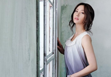 Hôm nay, Song Yoon Ah tổ chức đám cưới đơn giản - 10