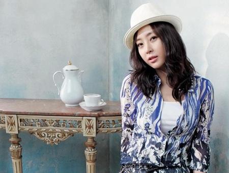 Hôm nay, Song Yoon Ah tổ chức đám cưới đơn giản - 12