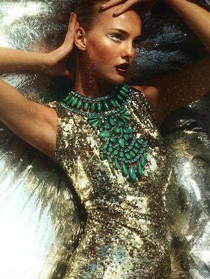 Caroline Trentini: Siêu mẫu không bao giờ tốn tiền mua quần áo - 2