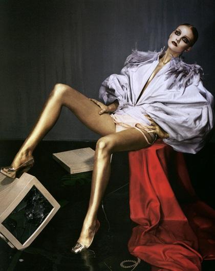 Caroline Trentini: Siêu mẫu không bao giờ tốn tiền mua quần áo - 1