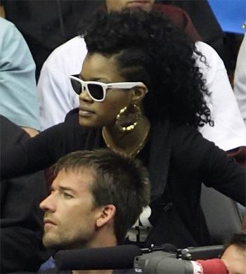"""Rihanna bị lộ phim """"người lớn""""? - 2"""