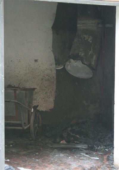 Cháy chung cư ở Láng Hạ vì đốt vàng mã - 3