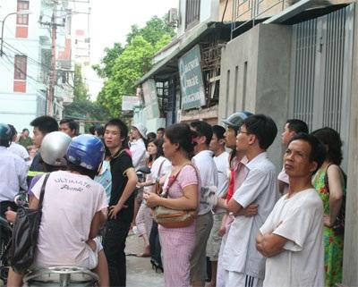 Cháy chung cư ở Láng Hạ vì đốt vàng mã - 5