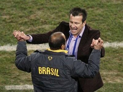 """Dunga: """"Brazil có niềm tin và đã chiến thắng"""" - 1"""