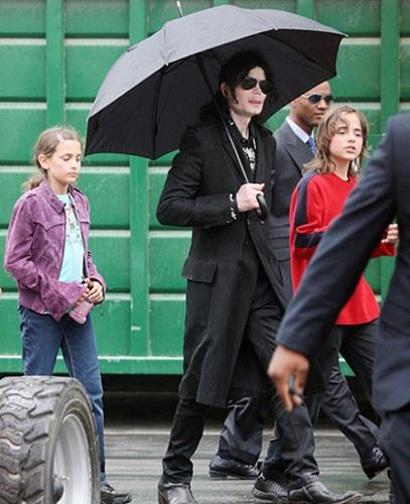 """""""Prince và Paris không phải con đẻ của Michael Jackson"""" - 4"""